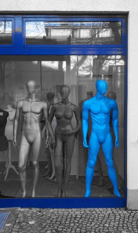 blue-strong-man