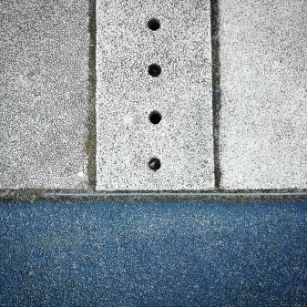 blau mit punkten