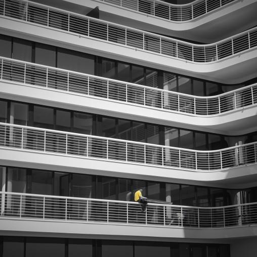 letzte restarbeiten in gelb